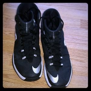 Nike Shoes - Men's Nike Zoom Clearout gymshoes